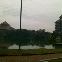Photo taken at Universitas Indonesia by Nadya V. on 5/27/2013
