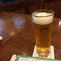 Photo taken at Ginza Lion by Yasuhiro S. on 8/8/2015