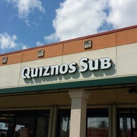 Photo taken at Quiznos by Euridice C. on 3/23/2014