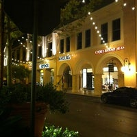 Photo taken at Town Square by 🎀 Marian 🎀 on 10/21/2012