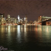 Foto tirada no(a) Brooklyn Bridge Park por @pureGLAMtv em 4/22/2013