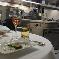 รูปภาพถ่ายที่ Restaurant Villers โดย Vanessa P. เมื่อ 6/6/2013