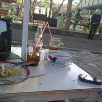 Photo taken at Lesehan Belakang gor darma ayu by Puput M. on 8/23/2013