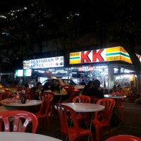 Photo taken at Uncle Lim Pan Mee by MANA T. on 4/18/2013