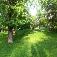 Das Foto wurde bei Воронцовский парк von Nataliya E. am 5/15/2013 aufgenommen