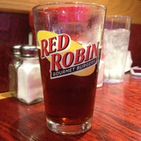 Photo taken at Red Robin Gourmet Burgers by Stephen O. on 4/26/2013