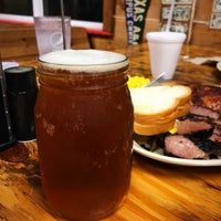 Photo taken at Tin Roof BBQ by Stephen O. on 3/1/2017