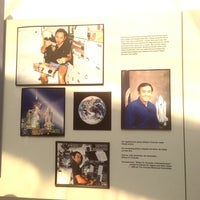 Photo taken at Astronaut Ellison Onizuka Space Center by Lani R. on 11/27/2012