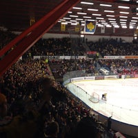 Foto tomada en Zimní stadion Luďka Čajky por Petr N. el 10/27/2013