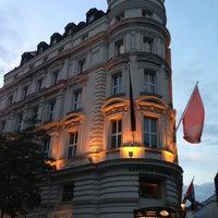Photo taken at Mandarin Oriental Munich by Madhawy S. on 6/29/2013