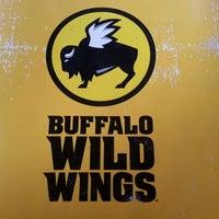 Photo taken at Buffalo Wild Wings by Marlon D. on 7/12/2013