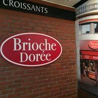 Photo taken at Brioche Dorée by Sandra D. on 4/7/2014