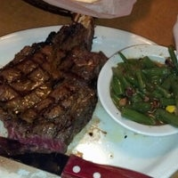 Photo taken at Texas Roadhouse by Grasshopper H. on 11/24/2012