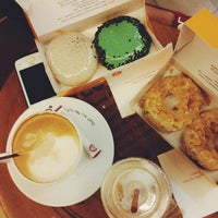 Photo taken at J.Co Donuts & Coffee by Adrian Agustian P. on 11/24/2014