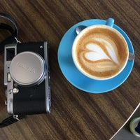 Photo taken at K. LIEBLINGs Café / Coffee Profilers by Lukas on 10/15/2017