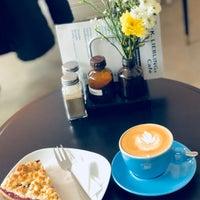 Photo taken at K. LIEBLINGs Café / Coffee Profilers by Lukas on 4/1/2018