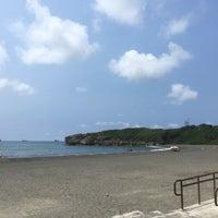 Photo taken at 旗津海水浴場 Cijin Beach by キミドリ on 9/28/2017