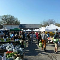 Photo taken at 32nd Street Farmer's Market by Pete C. on 4/13/2013