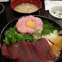Photo taken at 屋台寿司 めぐみ 又こい家 by hiro i. on 7/11/2014
