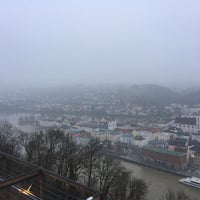 how to get to veste oberhaus from docks at passau