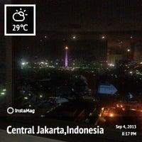 Photo taken at Menara Multimedia by Retno Kurniawati |. on 9/4/2013