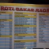 Photo taken at Roti Bakar Raos by MIRA P. on 7/30/2013