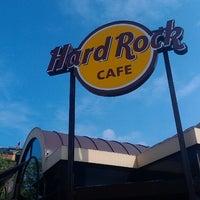 Photo taken at Hard Rock Cafe København by Sergе on 5/9/2013