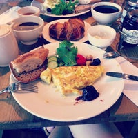 Photo taken at Le Pain Quotidien by Buket O. on 7/6/2013