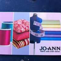Photo taken at Jo-Ann Fabric and Craft by Diane T. on 10/22/2012