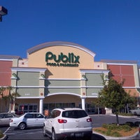 Photo taken at Publix by Steven Z. on 11/26/2012