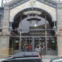 Photo taken at Mercado Agrícola de Montevideo by Nachito P. on 7/6/2013