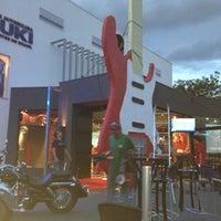 Foto tirada no(a) Moto Shopping - Suzuki por Thales C. em 4/6/2013