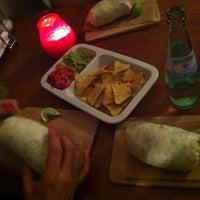 Das Foto wurde bei Burrito Baby von NobCzeck am 6/21/2013 aufgenommen