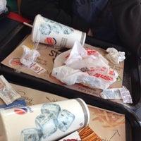 Foto tomada en Burger King por Cata B. el 1/4/2014
