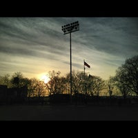 Foto scattata a DeWitt Clinton Park da George M. il 3/10/2013