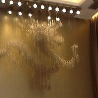 Photo taken at Silka Far East Hotel 遠東絲麗酒店 by Nikki S. on 7/5/2013