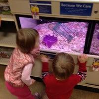 Foto scattata a PetSmart da Ashley C. il 1/4/2013