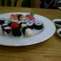 Photo taken at Pokke Special Sushi & Sashimi by Aan P. on 11/20/2012