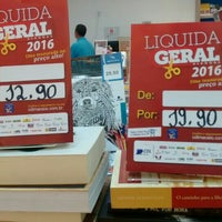 Photo taken at Cia. dos Livros - Pátio Shopping Maceió by Deriky P. on 4/16/2016