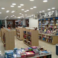 Photo taken at Cia. dos Livros - Pátio Shopping Maceió by Deriky P. on 10/28/2016