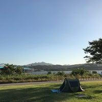 Photo taken at 이촌동 한강변 by Harim L. on 9/28/2017