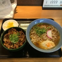 Photo taken at 阪急そば 園田店 by まさ 尼. on 7/30/2016