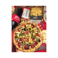 Photo taken at Pizza Pizza by Nesa A. on 7/2/2017