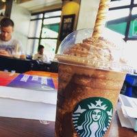 7/6/2016 tarihinde Via G.ziyaretçi tarafından Starbucks Coffee'de çekilen fotoğraf