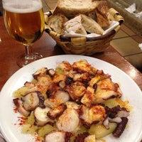 Снимок сделан в Carlos Tartiere Restaurante Sidrería пользователем Dianation 3/7/2014
