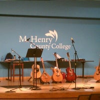 Foto scattata a McHenry County College da Erik W. il 1/13/2013