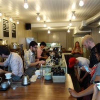 7/25/2013에 Project Latte: a NYC cafe culture guide님이 Little Collins에서 찍은 사진