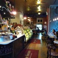 11/21/2012 tarihinde Project Latte: a NYC cafe culture guideziyaretçi tarafından The Bean'de çekilen fotoğraf