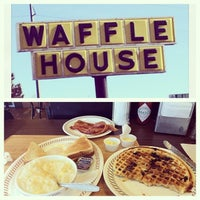Photo taken at Waffle House by Sara P. on 12/31/2013