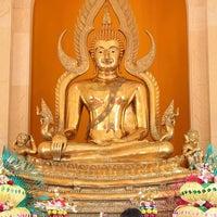 Photo taken at Vihara Buddha Dharma Gorontalo by Rioe G. on 2/15/2014